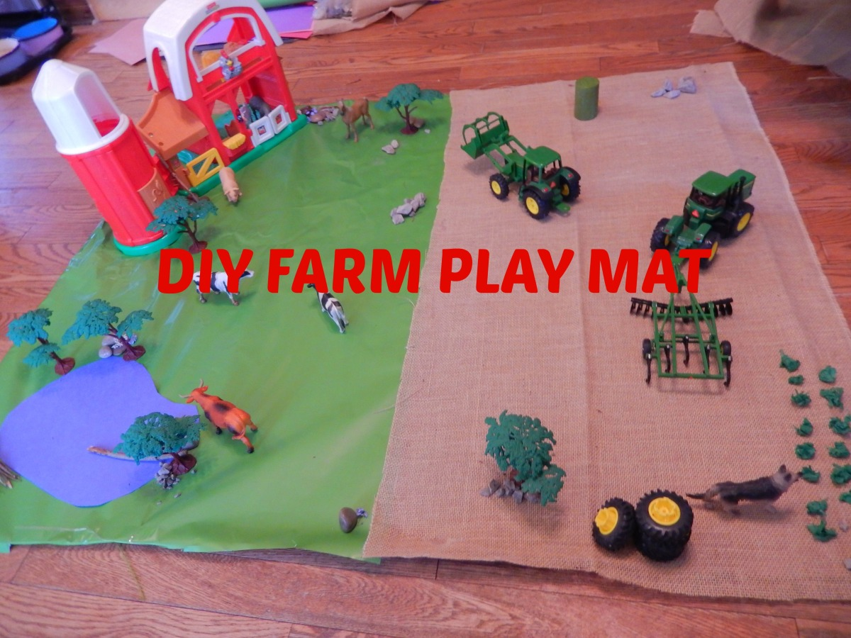 DIY Farm Play Mat and Mini World